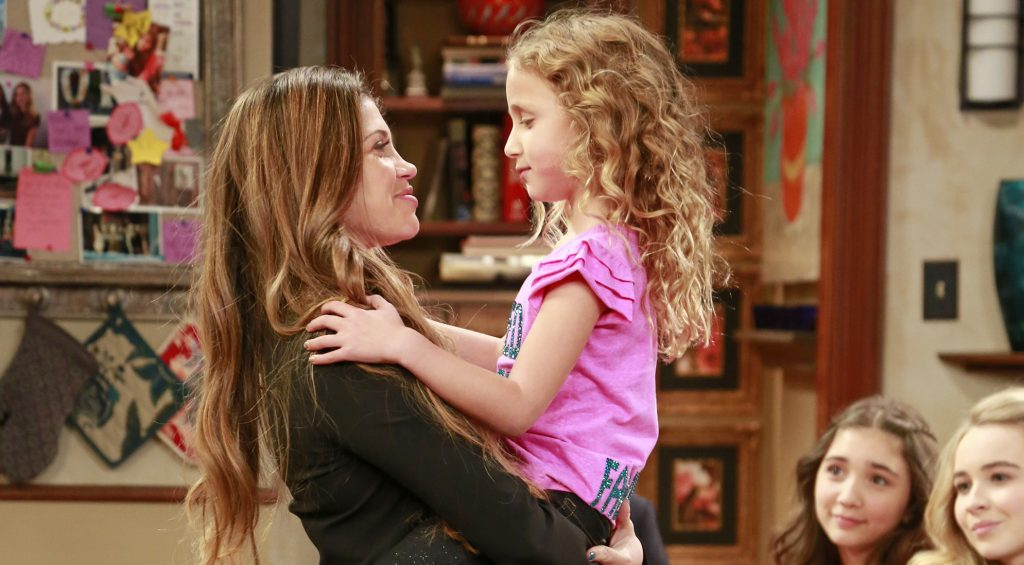 Ava Kolker Talks All Things Girl Meets World Read The Q A Celeb Secrets